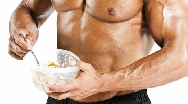Combien de calories pour gagner 1 kg de muscle?